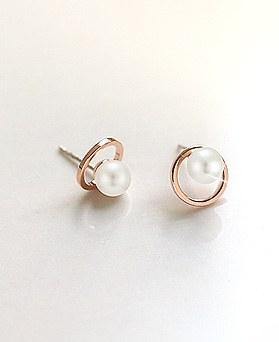 1045557 - <ER1270_FH02> 【当日出荷】【クリップ型]甘い真珠ピアス