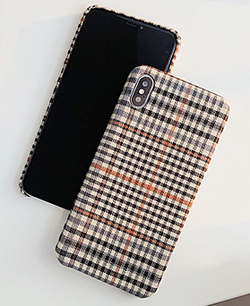 1048857 - ブラウンチェックのiPhoneの互換性ケース