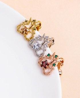 1049524 - <ER2219_GI05>輝きハート星clip earring